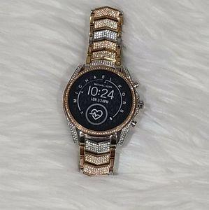 MICHAELKORS Gen5 Bradshaw Pavé Tri-Tone Smartwatch